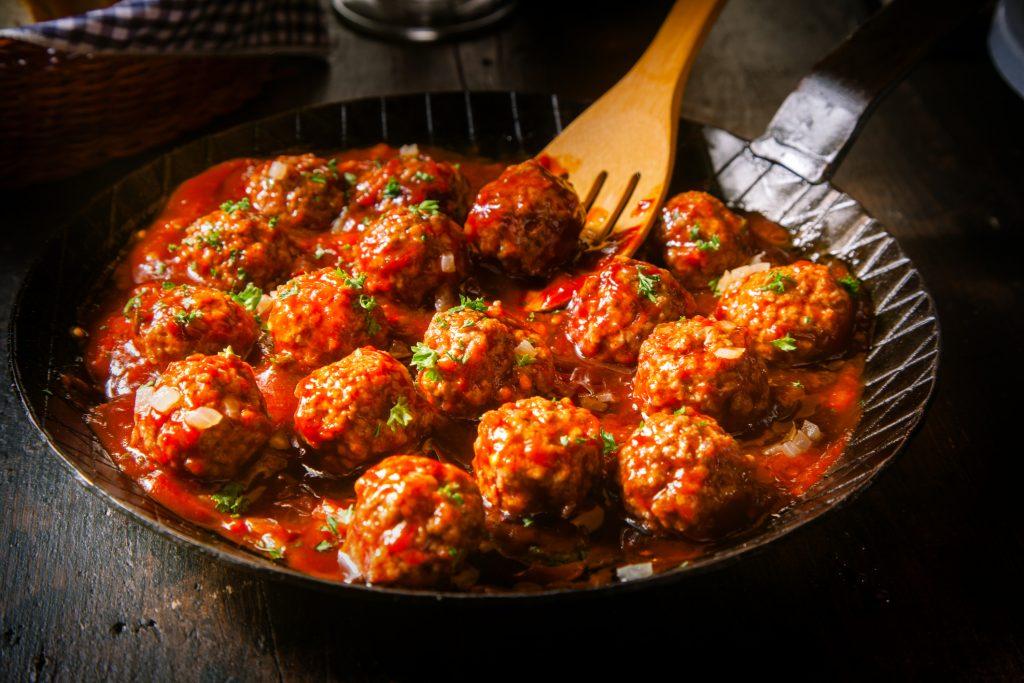 כדורי בשר ברוטב עגבניות, מיטבולס, meatballs, קציצות ברוטב עגבניות